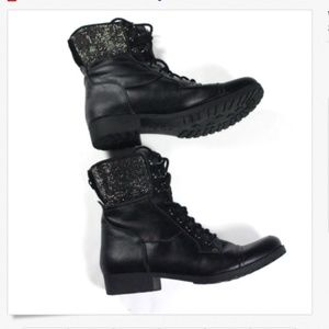 Women's BY Guess Fashion Boots Black Back Zip 8.5